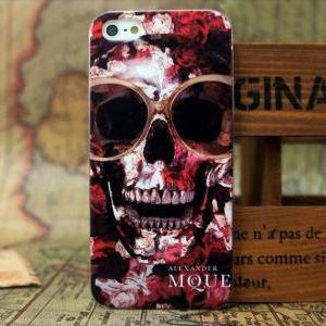 Cool Sunglasses on Skull Case For i..