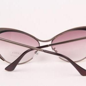 Chic Bronze Metal Cat Eye Sunglasse..