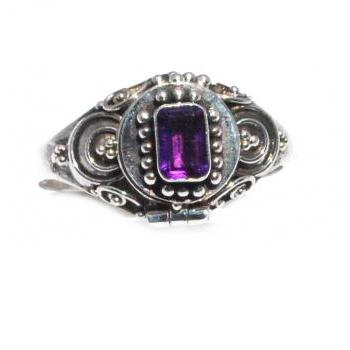 Gorgeous Genuine Emerald Cut Amethyst 925 Sterling Silver Poison Ring